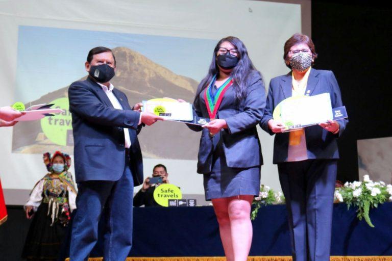 """Municipalidad de Mariscal Nieto recibió certificación y distintivo del sello """"Safe Travel"""""""
