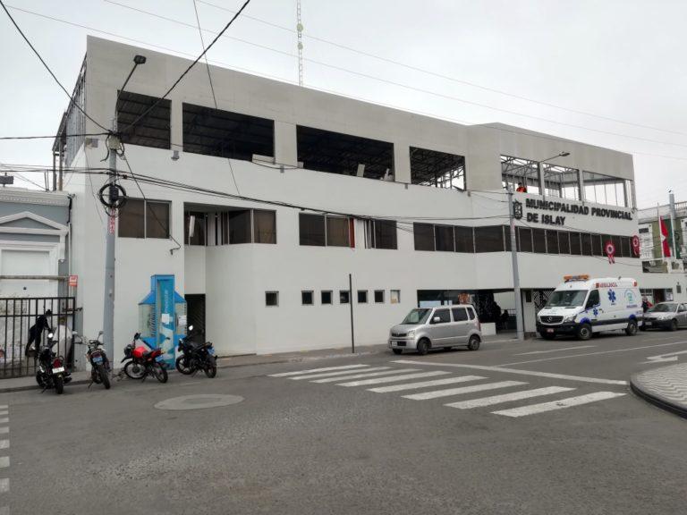 Oficializan a contador en el cargo de jefe del OCI de la Municipalidad Provincial de Islay