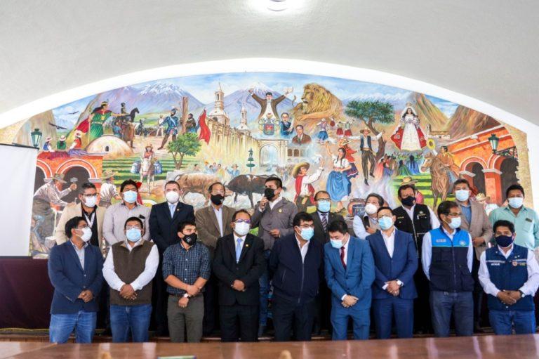 Autoridades de Arequipa piden íntegro del pago de empresas mineras