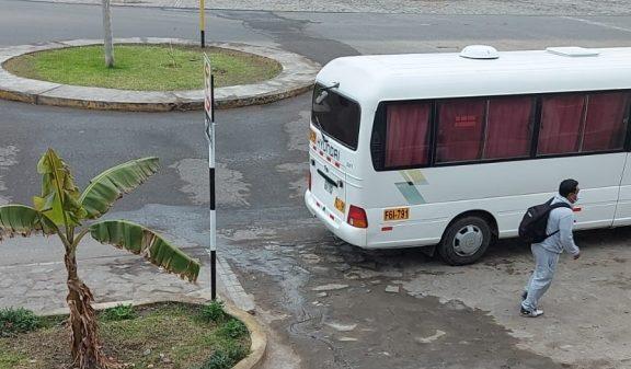 Mollendo: Vecinos denuncian constantes aniegos en avenida Panamericana