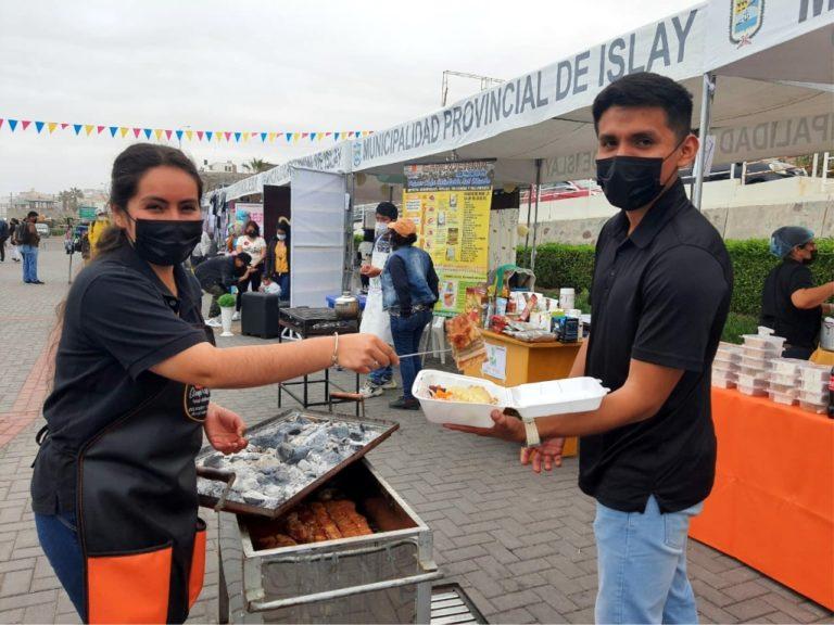Más de 50 empresarios jóvenes participaron en expo venta en Mollendo