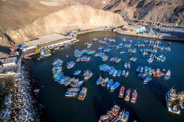 """Mollendo: Pescadores artesanales y Asarmatm """"liman"""" asperezas en reunión"""
