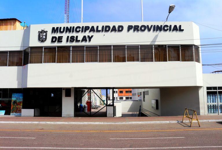 """Gobiernos locales de Arequipa """"pierden"""" 200 millones de soles de inversiones"""