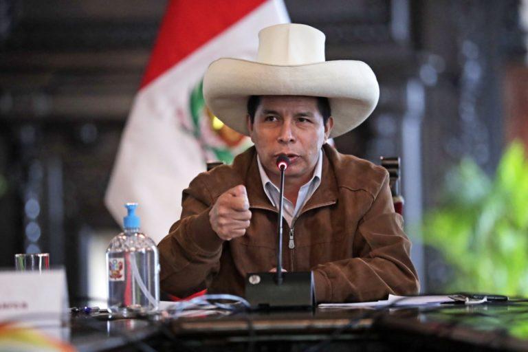 Pedro Castillo pide autorización al Congreso para salir del país el 30 de octubre a Bolivia