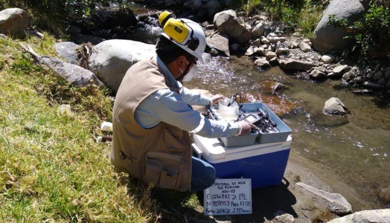 Aguas del Rio Puquina están contaminadas y no aptas para consumo humano