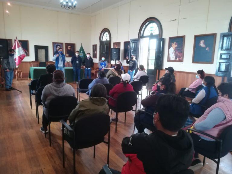 """Alcalde Rivera se reúne con comerciantes de """"ramaditas"""" para mejorar servicio"""