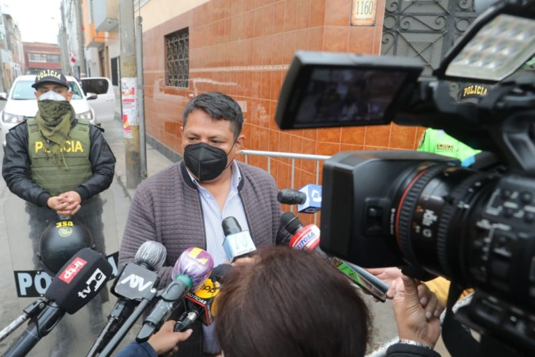Poder Judicial dictó impedimento de salida del país para Richard Rojas